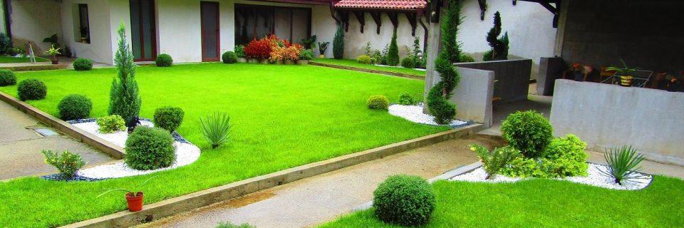 Изграждаме и проектираме дворови пространства от 2005 г.